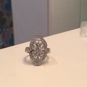 Beautiful size 8 alloy cocktail ring, free…